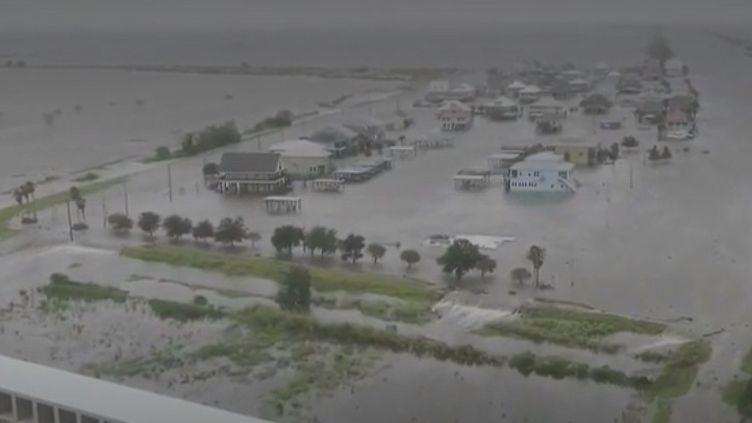 En Louisiane, l'ouragan Barry a atteint la Louisiane, pour finalement être rétrogradé en tempête tropicale. Les conséquences restent sous surveillance. (FRANCE 2)