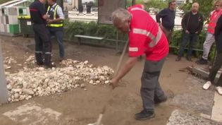 Rhône : de violences pluies se sont abattues sur l'agglomération lyonnaise (France 2)