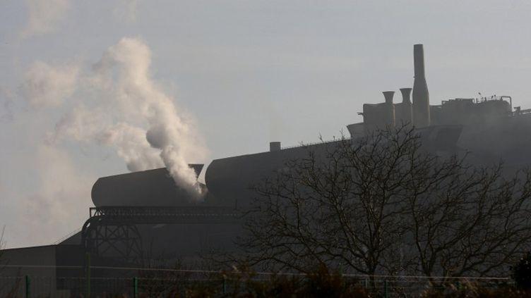 L'usine ArcelorMittal de Gandrange, en Moselle, avant sa fermeture en 2008. (JOHANNA LEGUERRE / AFP)