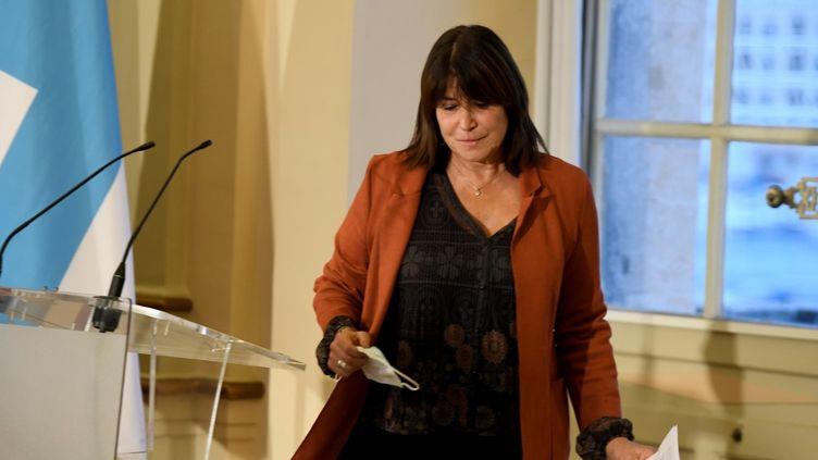La maire de Marseille Michèle Rubirola, lors de la conférence de presse ce mardi 15 décembre, pour annoncer sa démission. (NICOLAS TUCAT / AFP)