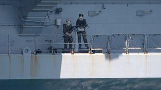 Sur les 66 marins du porte-avions Charles-de-Gaulle, 55 ont été testés positifs au Covid-19. (CHRISTOPHE SIMON / AFP)