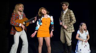 """La troupe des Mauvais élèves dans """"Les Amoureux de Shakespeare"""".  (Fanchon Bilbille)"""
