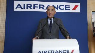 Jean-Marc Janaillac annonce sa démission d'Air France, le 4 mai 2018 à Paris. (GEOFFROY VAN DER HASSELT / AFP)