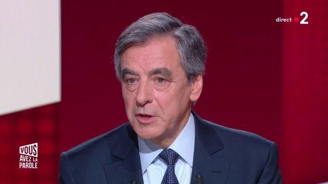 """VIDEO. """"Je ne chercherai pas à revenir"""", assure François Fillon lors de sa première interview depuis sa défaite à la présidentielle 2017"""