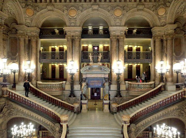 L'escalier du Palais Garnier à Paris  (Yasushi Kanno / Yomiuri / The Yomiuri Shimbun)