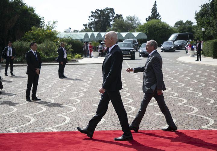Le président élu Kaïs Saïed arrive au palais de Carthage pour la cérémonie d'investiture le 23 octobre 2019. (AFP - YASSINE GAIDI / ANADOLU AGENCY)