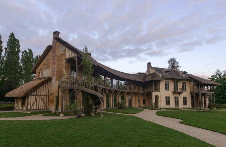 La Maison de la Reine restaurée  (Château de Versailles )
