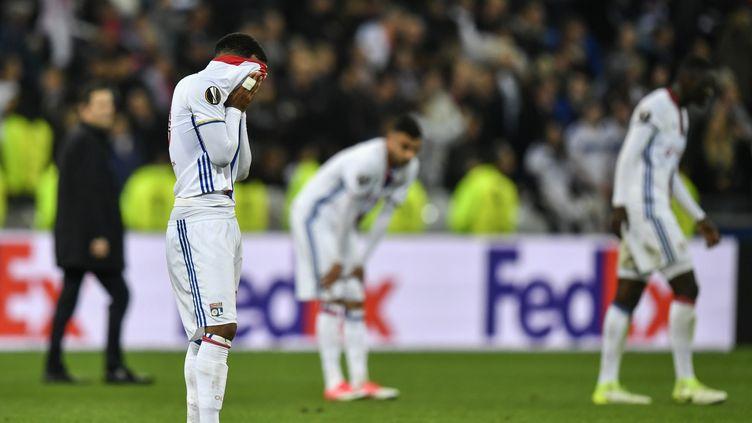 Les Lyonnais sont visés par une procédure disciplinaire de l'UEFA. (JEFF PACHOUD / AFP)