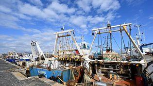 C'est depuis le port sicilien de Mazara del Vallo que les bateaux étaient partis pêcher la crevette au large de la Libye. Depuis le 1er septembre 2020, 18marins sont détenus à Benghazi pour pêche illégale. (ANDREAS SOLARO / AFP)