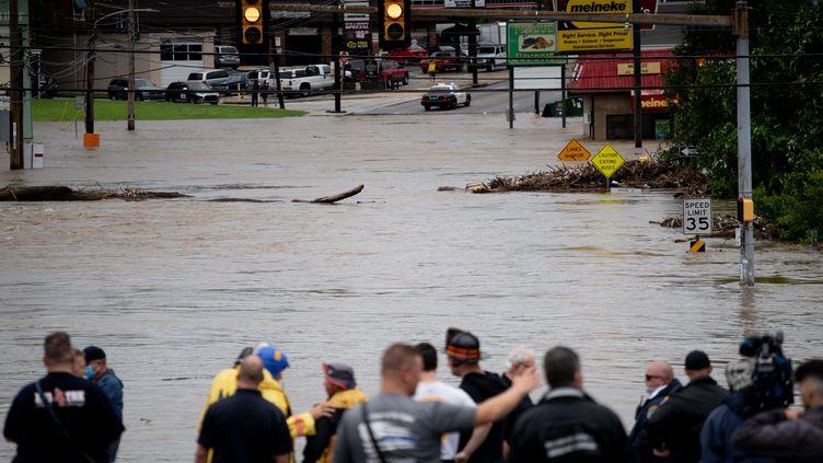 Des routes inondées près de Philadelphie, après le passage de la tempête tropicale Isaias, le 4 août 2020. (MICHAEL CANDELORI / NURPHOTO)