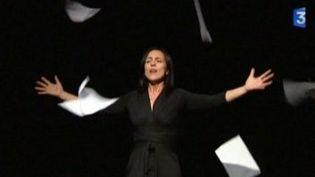 """Patrizia Poli est """"La voix humaine"""" de Cocteau à La Fabrique de Théâtre  (Culturebox)"""