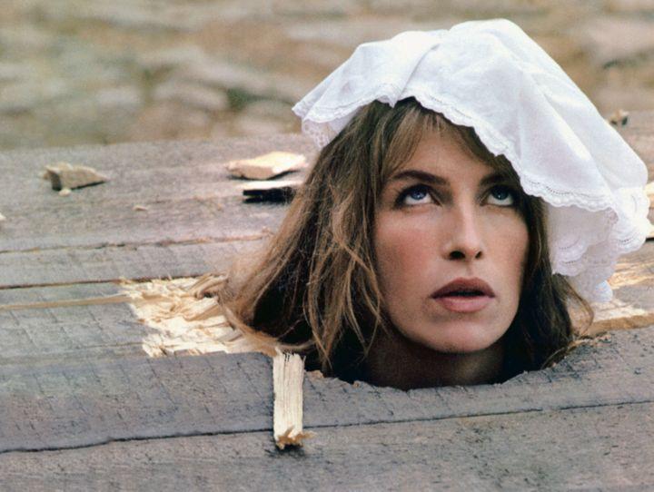 """L'actrice Valentine Monnier dans le film """"Elle voit des nains partout"""", sorti en 1982. (CHLOE - FOCH - SPHYNX / COLLECTION CHRISTOPHE L / AFP)"""