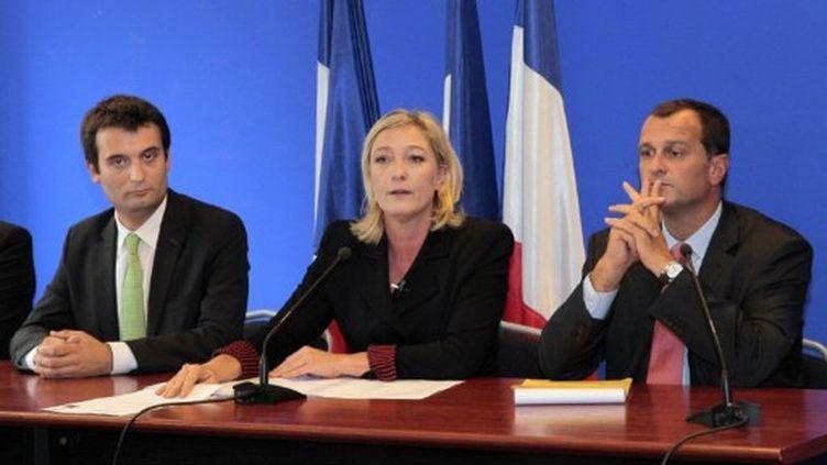 Florian Philippot (à gauche sur la photo) directeur de la campagne de Marine Le Pen (AFP - Jacques DEMARTHON)