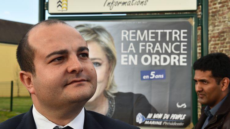 L'élu FN David Rachline en déplacement àLa Bazoche-Gouet (Eure-et-Loir), le 3 avril 2017.  (JEAN-FRANCOIS MONIER / AFP)