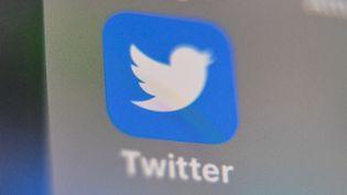 Illustration de l'application Twitter. (DENIS CHARLET / AFP)