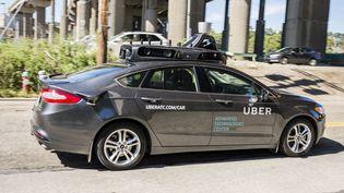 Le modèle de la voiture autonome expérimentée par Uber à Pittsburgh (Etats-Unis), pris en photo le 13 septembre 2016. (ANGELO MERENDINO / AFP)
