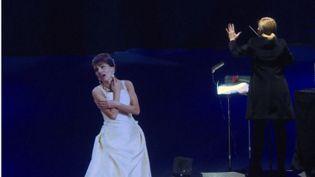 Salle Pleyel à Paris, Maria Callas est apparue sous la forme d'un hologramme, 41 ans après sa mort. (FRANCE 3)