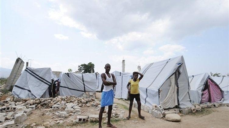 Un camp de sans-abri à Leogane (Haïti), après le séisme meurtrier de janvier (14 mars 2010) (AFP / Thony Belizaire)