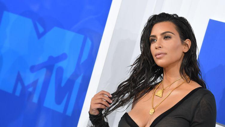 Kim Kardashian à la cérémonie des MTV Music Awards, le 28 août 2016 à New-York. (ANGELA WEISS / AFP)