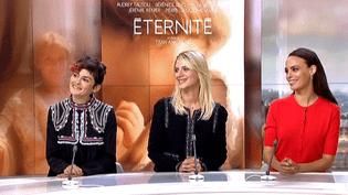 """Audrey Tautou, Mélanie Laurent et Bérénice Bejo invitées sur le plateau de France 2 pour """"Eternité""""  (France 3 / Culturebox)"""
