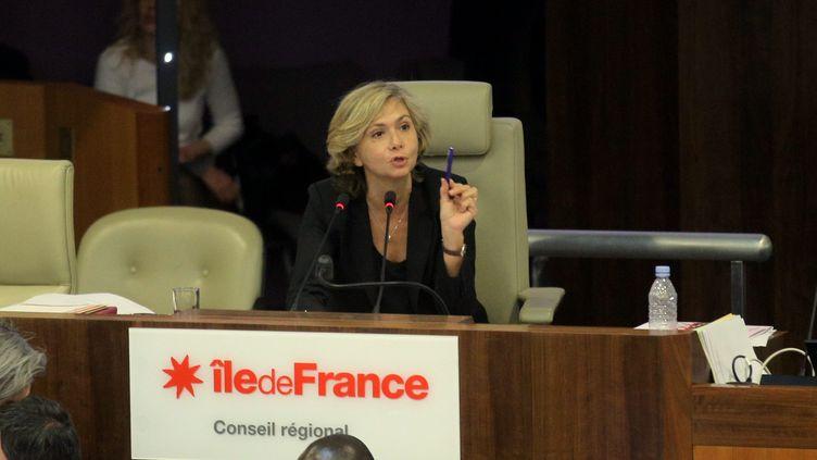 Valérie Pécresse, présidente (Les Républicains) de la région Ile-de-France, lors d'une séance du conseil régional à Paris, le 18 février 2016. (MAXPPP)