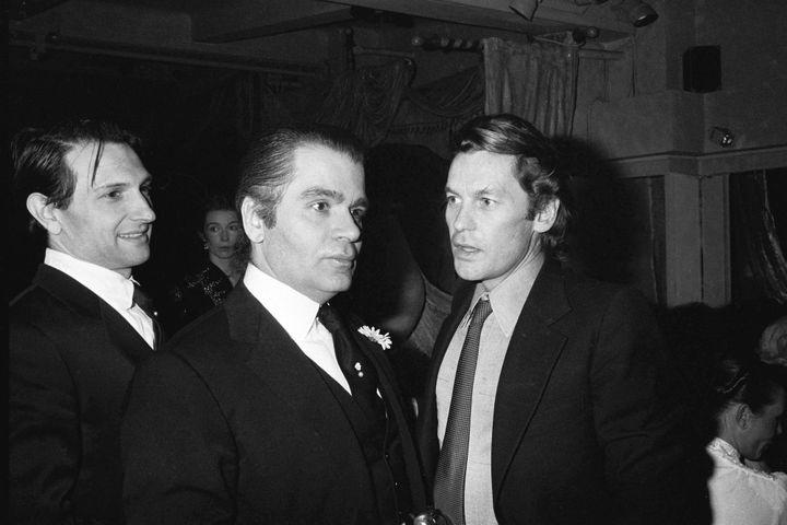 Jacques de Bascher, Karl Lagerfeld, Helmut Berger au Palace, 1981  (VILLARD/SIPA)