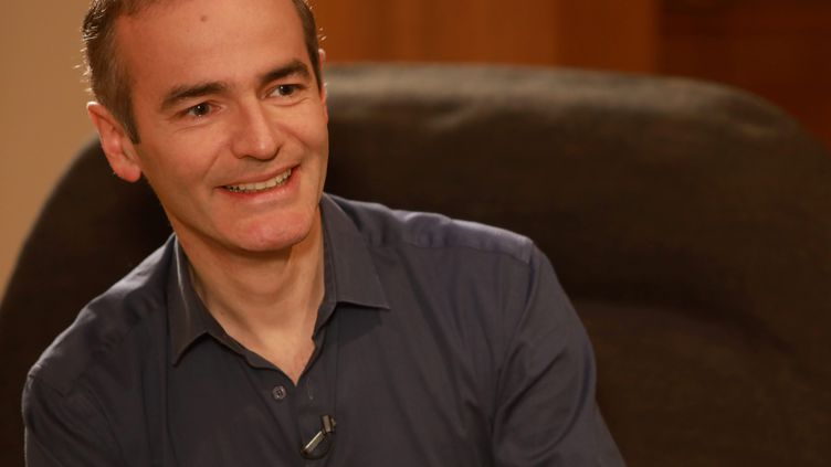 Franck Ferrand, écrivain, journaliste, historien, le 21 décembre 2017. (FRANZ CHAVAROCHE / MAXPPP)