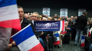 Des militants du Front national assistent à un meeting de Marine Le Pen, le 16 mars 2015 à Six-Fours-les-Plages (Var).  (MAXPPP)