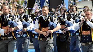 Des musiciens lors de la grande parade, le 7 août 2011, au Festival interceltique de Lorient.  (FRED TANNEAU / AFP)