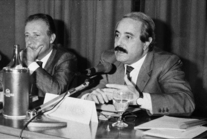 Paolo Borsellino (gauche) et Giovanni Falcone (droite) (ROPI / MAXPPP)