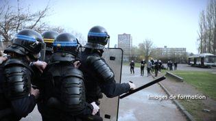 Ecoles de police : des ratés dans le recrutement (FRANCE 2)