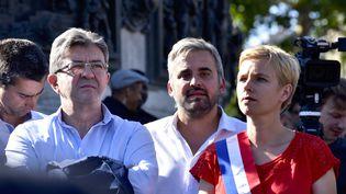 Jean-Luc Mélenchon et les députés de La France insoumise Alexis Corbière et Clémentine Autain, lundi 3 juillet 2017 à Paris. (PATRICE PIERROT / CITIZENSIDE / AFP)