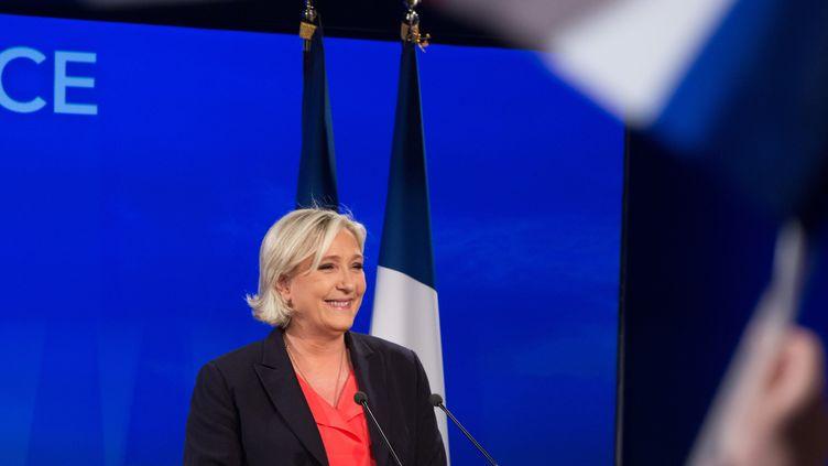 Marine Le Pen, après les résultats du second tour de la présidentielle, le 7 mai 2017 au bois de Vincennes près de Paris. (KRISTINA AFANASYEVA / SPUTNIK / AFP)