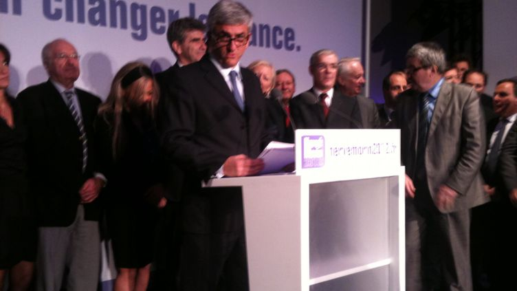 Hervé Morin et son équipe de campagne (DR)