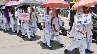 Des Indiennes manifestent après le viol de deux adolescentes, le 8 mai 2018 à Ranchi, dans l'Etat du Jharkhand(Inde). (AFP)