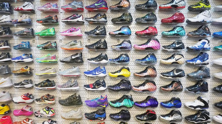 Stadium Goods, boutique de revente de baskets de luxe, New York  (Don EMMERT / AFP)