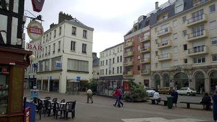 Place de l'église Saint-Sever à Rouen (Seine-Maritime), le 4 août 2004. (Photo d'illustration) (EMMANUEL LELAIDIER / MAXPPP)