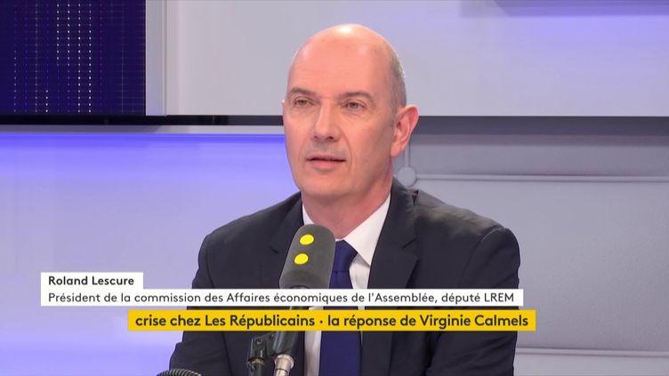 Roland Lescure,Présidentde lacommission des Affaires économiques de l'Assemblée nationale, était l'invité de Tout est politique (FRANCEINFO / RADIOFRANCE)