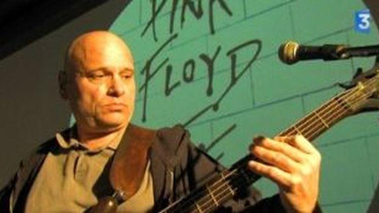 Une chorale de collégiens fait revivre la légende des Pink Floyd à l'Olympia  (Culturebox)