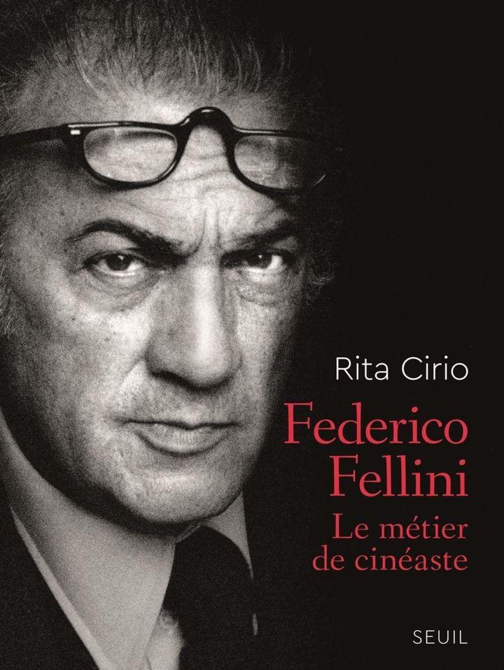 """Federico Fellini - Le metier de cinéaste': 1re de couverture  (Seuil)"