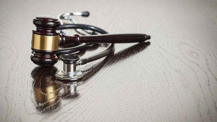 Crise des opiacés aux Etats-Unis : ouverture du premier procès contre un laboratoire