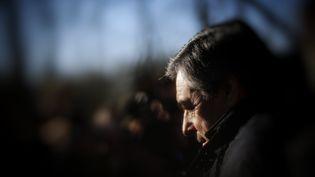 François Fillon, le 1er décembre 2016, lors d'un déplacement à Chatenay, dans la Sarthe. (DENIS ALLARD / REA)