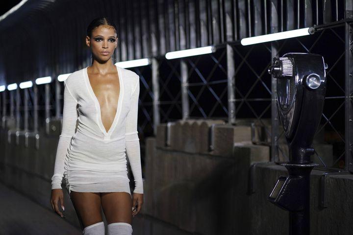 Défilé LaQuan Smith printemps-été 2022 à la New York Fashion Week, le 9 septembre 2021 (CHARLES SYKES/AP/SIPA / SIPA)