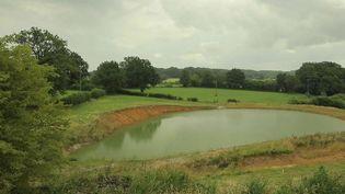 Les dernières semaines ont amélioré la situation des départements menacés de sécheresse. Dans le département de la Creuse, l'été s'annonce difficile, car l'eau manque depuis plusieurs années déjà. (FRANCE 2)