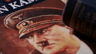 """L'une des premières éditions de """"Mein Kampf""""  (France 2)"""