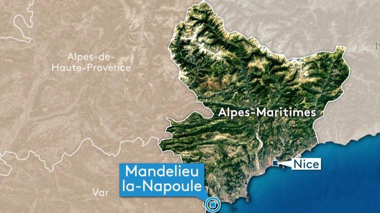 Des inondations ont frappé le sud de la France samedi 23 et dimanche 24 novembre. À Mandelieu-la-Napoule, dans les Alpes-Maritimes, des bénévoles ont décidé d'aider un exploitant agricole à repérer les dégâts. (FRANCE 3)