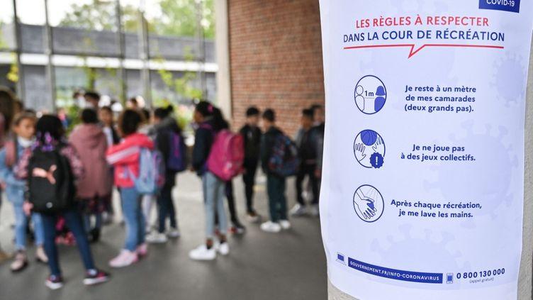 Des élèvesd'une école élémentaire de Lille (Nord), le 1er septembre 2020. (DENIS CHARLET / AFP)