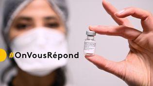 Franceinfo répond à vos questions sur les vaccins contre le Covid-19, dans le cadre du dispositif #OnVousRépond. (CHRISTOPHE ARCHAMBAULT / POOL / AFP)