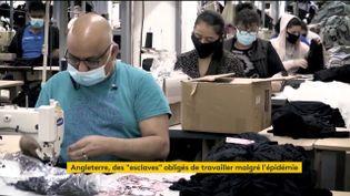 Des ouvriers du textile au Royaulme-Uni (FRANCEINFO)
