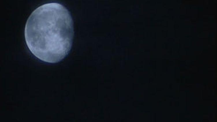 L'enjeu scientifique d'une mission sur la lune donne des ailes à l'Allemagne, prête à débourser 1,5 milliards d'euros (© France 3)
